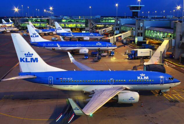 KLM Boeing 737-700 @Schiphol (EHAM) by Pinterest Aviation