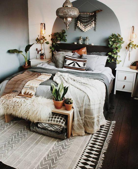 Wow, Bohemian Living pur! Ein Schlafzimmer zum Träumen schön | Die Farben sind ein Traum | Wohnung einrichten | Schöner Wohnen #happy #living #hygge #macrame #sleepingroom #room #makeover #dreams #love #family #chill #zone
