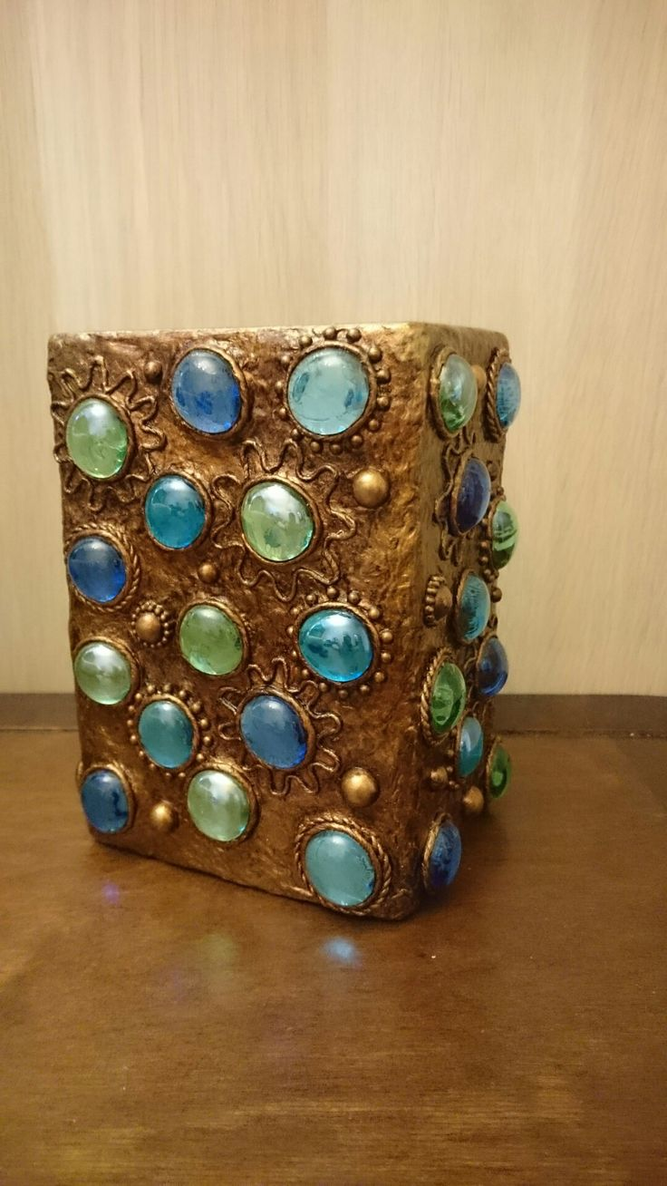 """стеклянная ваза, стеклянные камни-марблс, акриловая краска """"медь"""", битумный лак"""