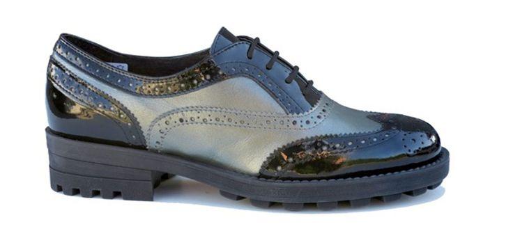 Stop al tacco: 10 scarpe maschili anche per lei