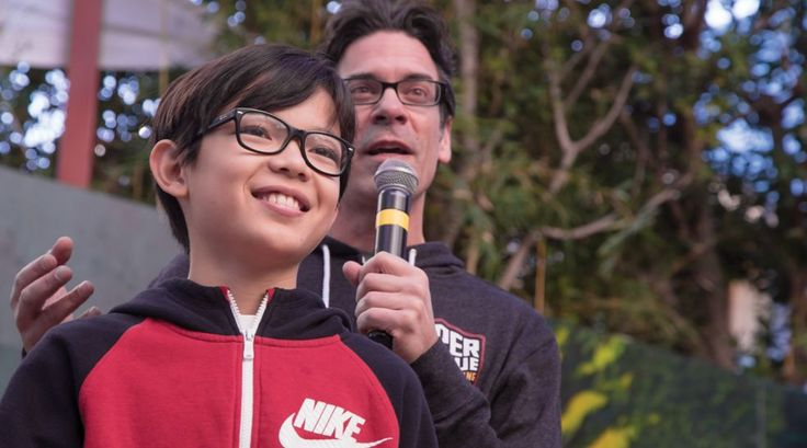 10-Year-Old Boy Wins World's 1st Minecraft National Championship Beating 1,000 Gamers  #news