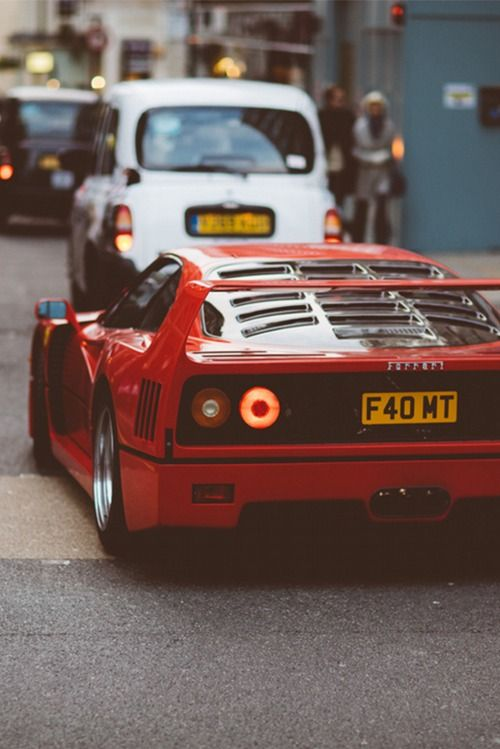 25 best ideas about ferrari f40 on pinterest ferrari. Black Bedroom Furniture Sets. Home Design Ideas