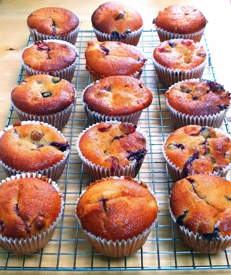 ... banana blueberry muffin s low fat blueberry banana muffins the cake