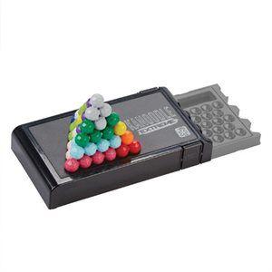 Kanoodle Extreme - Ge hjärnan lite hårdträning! Fortsättningen på Kanoodle Genius. Försök lägga de färgglada bitarna rätt i detta 2- och 3D-pussel. Liten ask som är lätt att ta med. Superroligt för både barn och vuxna.