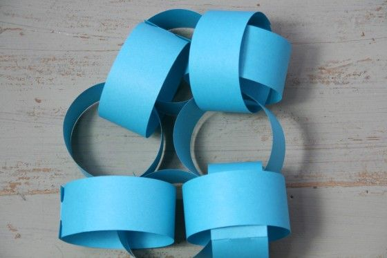 Paper Chains - Light Blue