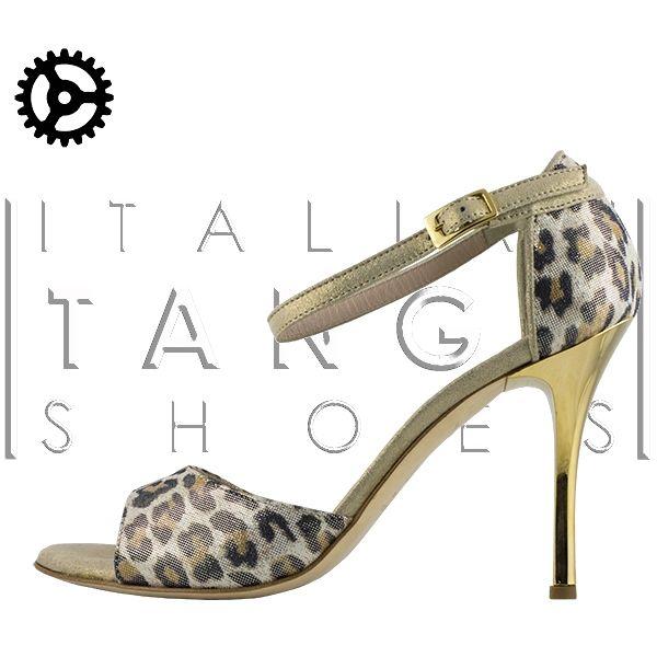 beautiful women tango shoes in leopard pattern   http://www.italiantangoshoes.com/shop/en/women/140-beso.html