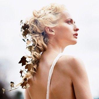 wedding hairstyles: Curly Hairstyles, Hair Ideas, Wedding Ideas, Autumn Wedding, Wedding Style, Wedding Hair Style, Leaves, Wedding Hairstyles, Fall Wedding
