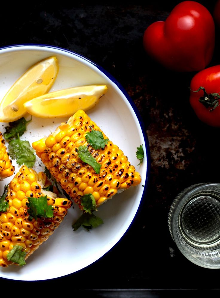 Grillowana kukurydza z kozim serem