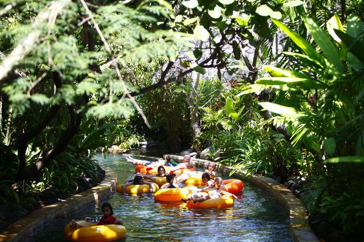 Kita Gak Punya Disneyland, Tapi 10 Taman Rekreasi Ini Bisa Jadi Alternatif Kece!