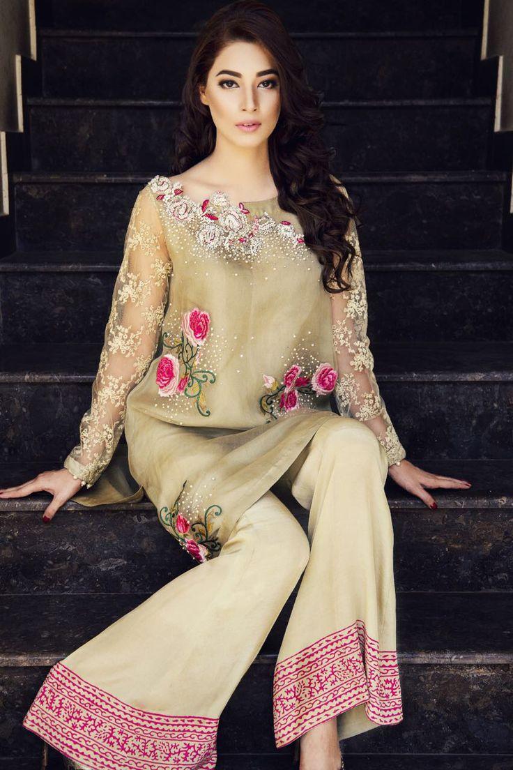 Asifa & Nabeel represents an amalgamation of vibrant embroideries of Kelash & Sindh