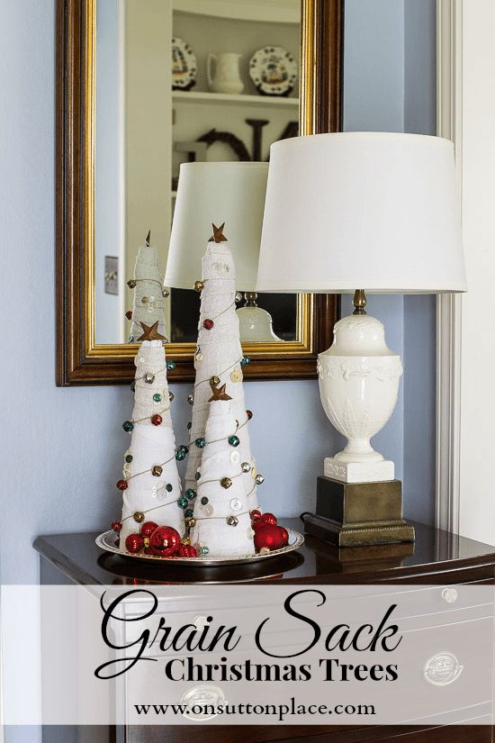 DIY Grain Sack Christmas Trees. Great way to use up all those scraps of fabric!