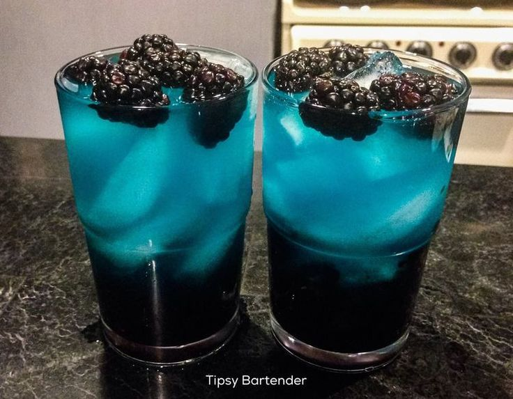 Trippy Ass Lemonade Cocktail - For more delicious recipes and drinks, visit us here: www.tipsybartender.com