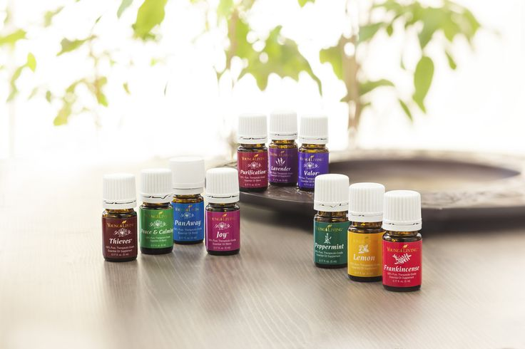 Everyday Oils Essential Oil Collection is a great way to get to know some of the most popular oils! The collection includes the following essential oils:  Frankincense, Lemon, Lavender, Melaleuca Alternifolia (tea tree oil), Peppermint and blended oil mixes: Joy™, Purification®, PanAway®, Thieves® and Stress Away™. This collection is a great way to get started and fell in love with the many benefits essential oils can provide.