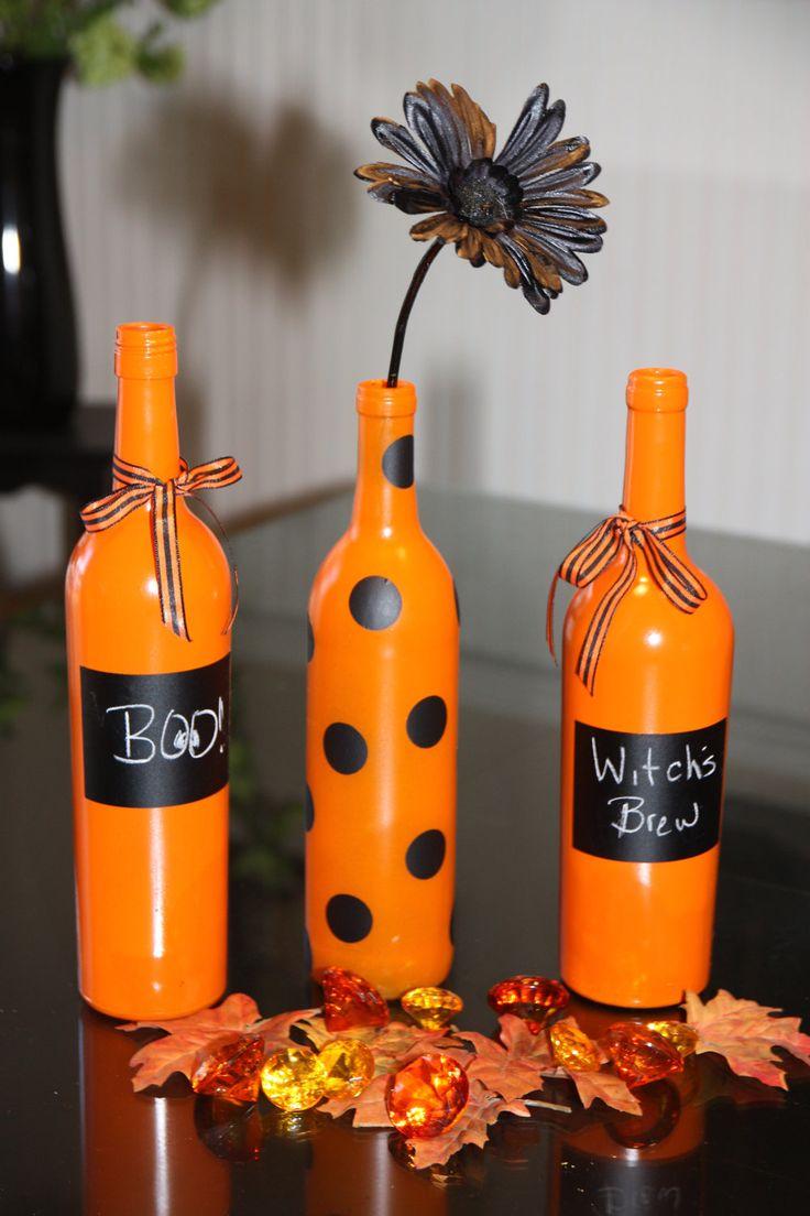 Halloween Wine Bottle Decor.