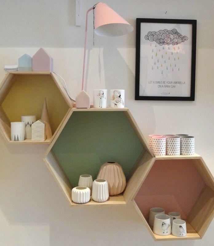 2015 03 Ré-ouverture étagère héxagonale Bloomingville