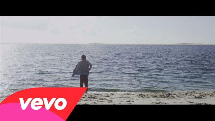 Fréro Delavega - Le Chant Des Sirènes http://www.topfle.com/actualiteacute/chanson-le-chant-des-sirenes