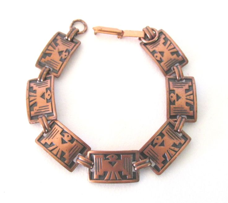 Native inspired copper seven link bracelet with Thunder Bird design, vintage copper jewelry by ConMisManosVintage on Etsy https://www.etsy.com/listing/287654177/native-inspired-copper-seven-link