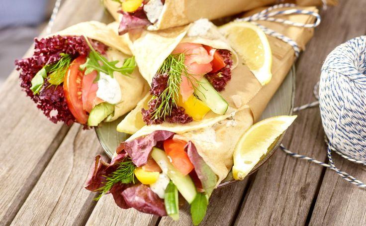 Wraps mit Lachs und Gemüse