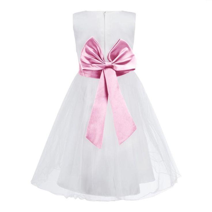 29 best Blumenmädchen Kleid images on Pinterest   Flower girl gown ...