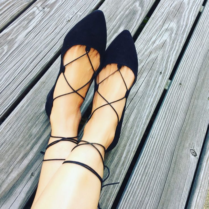 Fall and Flats go hand in hand together! Amazing fall shoes! Loving it all!