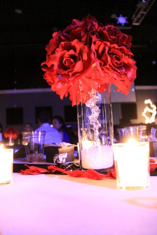 22 Best Kissing Ball Centerpiece Images On Pinterest Centerpieces Table Centers And Center Pieces