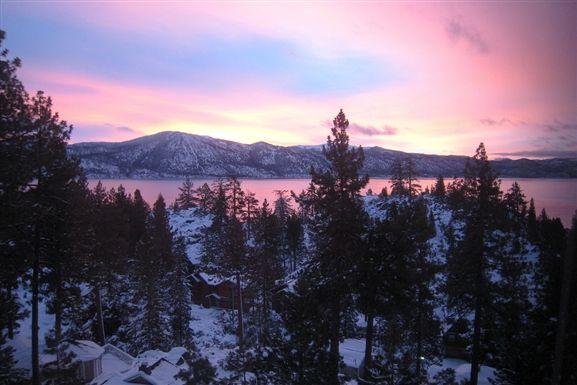 Sunrise over Lake Tahoe picture in Lake Tahoe