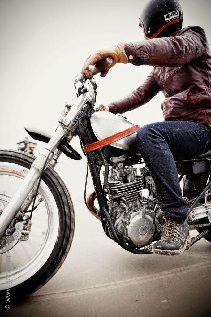 motorcycle-on-the-beach-tracker-cafe-racer-bobber-51-682x1024.jpg ...