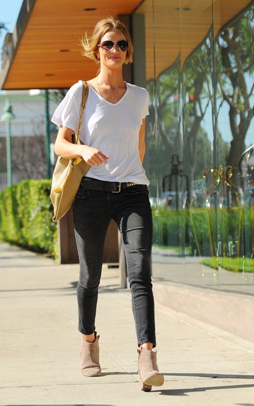 White v-neck t-shirt and jeans. One can never go wrong.