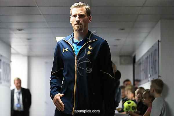 Jan Vertonghen of Tottenham Hotspur arrives at the stadium prior to kick off during the Premier League match between Tottenham Hotspur and Manchester City at White Hart Lane on October 2, 2016 in London, England.