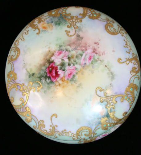 Antique-1905-T-amp-V-Limoges-Handpainted-Roses-Raised-Gold-8-034-Dresser-Jewel-Box