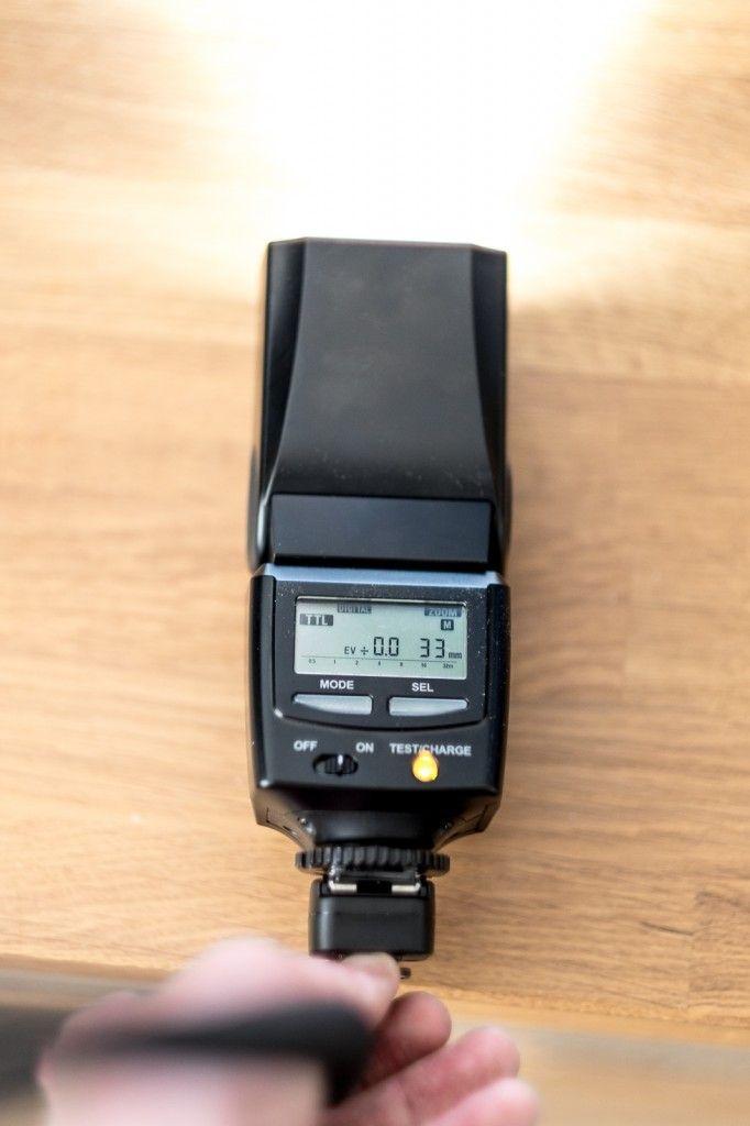 Off shoe flitsen met Fujifilm X series camera en Canon flitser kabel