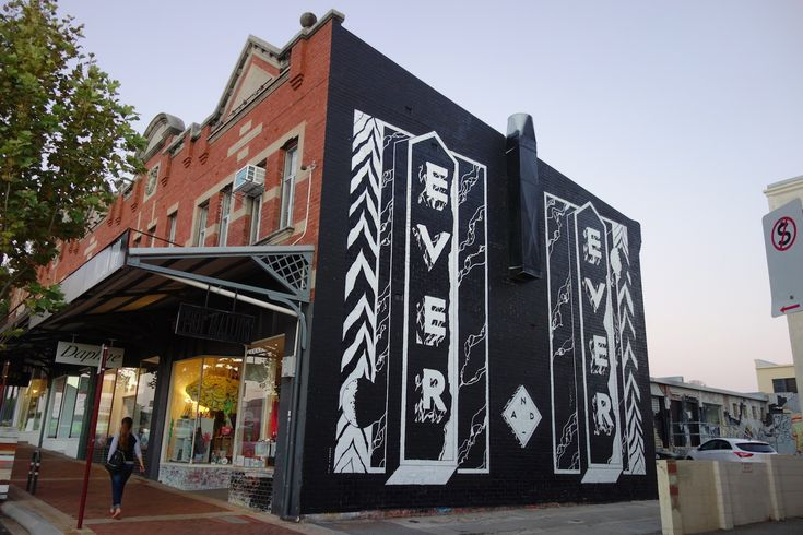 @sherriewilsonprojects  #georgiahill #perth #streetart #mural #blackandwhite  http://www.sherriewilsonprojects.com/