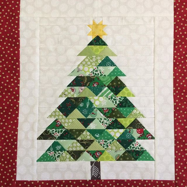 Here Is My Paper Pieced Christmas Tree Completed Great Pattern By Jitkadesign Christmastreepaperpieced Englishpa Christmas Crafts Quilts Homemade Christmas