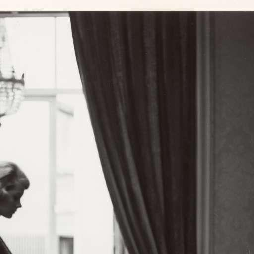 Reclamefoto voor Jolo Couture, met fotomodel Rita Loonen, Paul Huf, 1961 - Cursus Experimentele Fotografie - Workshops & cursussen - Nu in het museum - Rijksmuseum