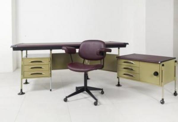 BBPR - Una scrivania e una poltroncina serie Spazio per Olivetti circa 1960