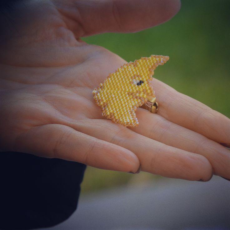 handmade miyuki broch. more in instagram: san_art_jewelry