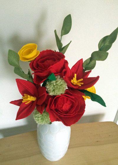 Felt Lilly Felt flower market от SazzleandMogie на Etsy