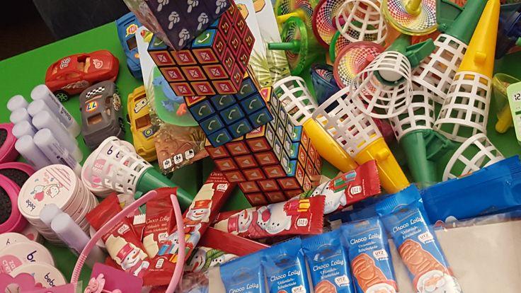 Süßigkeiten und Spielsachen