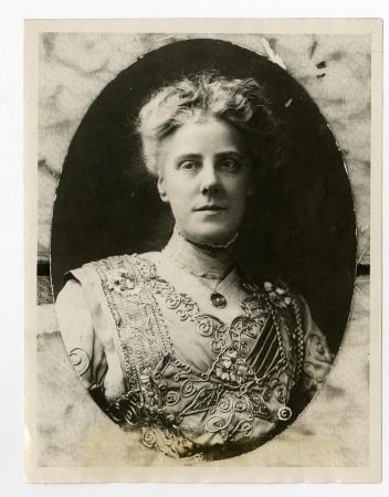 Portrait of Anna Jarvis the founder of Mother's Day (about 1905)