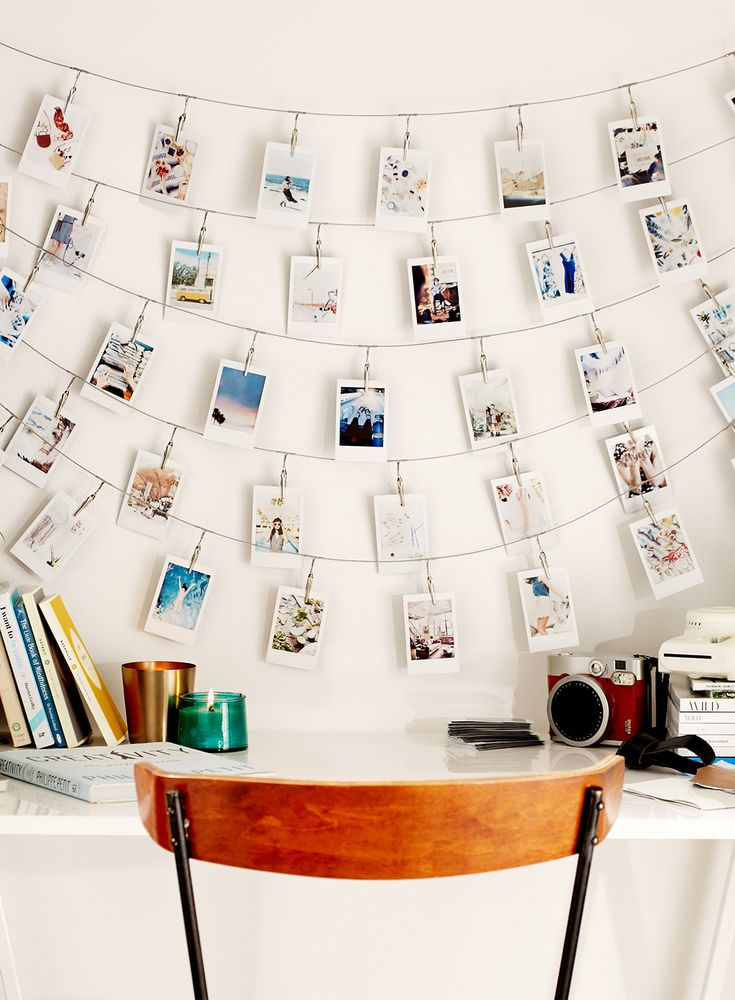 Metal string clips for displaying photos