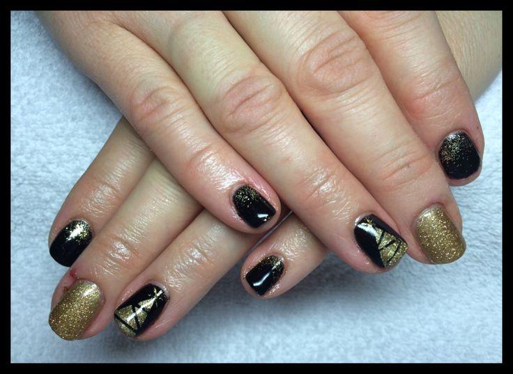 Black pool, gold, shellac, xmas