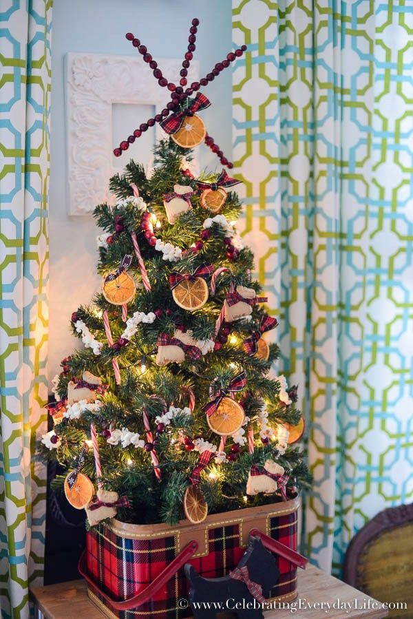 My Kitchen Christmas Tree - Celebrating everyday life with Jennifer Carroll