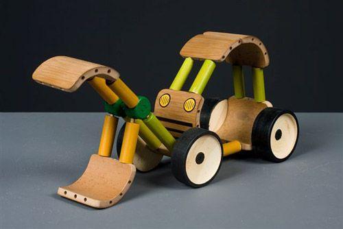 bamboo toys - shenkar college bamboo design workshop in china