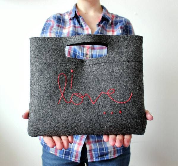 Simple DIY Felt Purses - Create a Casual Clutch for any Outing with This Simple Tutorial (GALLERY)