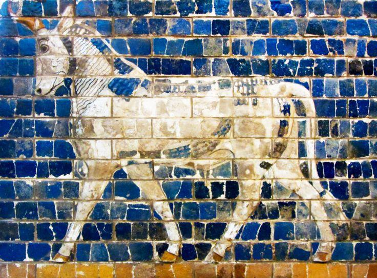 PUERTA DE ISTAR (detalle). 575 a. C. Museo de Pérgamo, Berlín, Alemania.