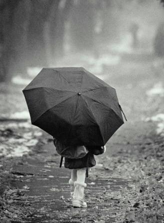 i love the rain <3