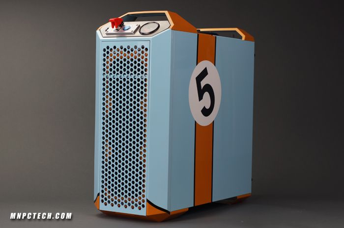 """Cooler Master """"Mastercase Racing"""" 5 Pro Gaming PC Case Mod by Mnpctech."""