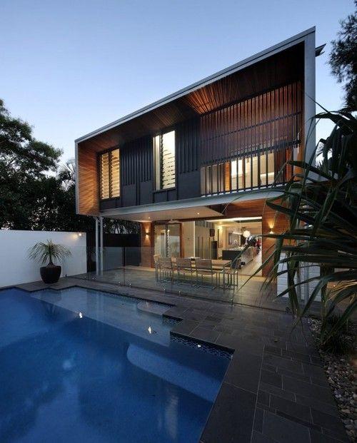 Maison classique en façade mais divinement contemporaine en terrasse, #construiretendance