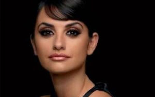 Consigli di make up per le donne con gli occhi scuri Gli occhi scuri sono quelli più diffusi al mondo. Hanno di natura una grande carica di fascino e mag occhi scuri make up sfumature