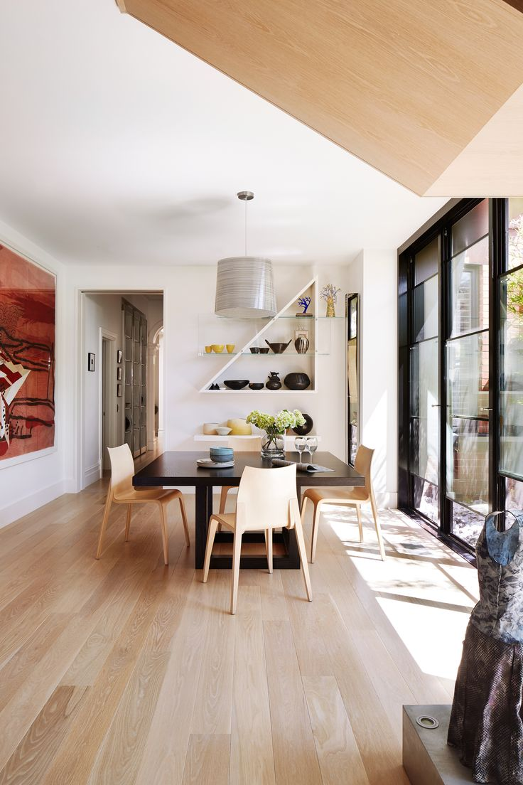 Casual dining from Melbourne heritage home renovation by Footman Architects and SJB Interiors. Photography: Armelle Habib | Styling: Julia Green | Story: Australian House & Garden